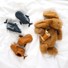 COOL COLLAB' ! Hippie Ya X Jesus Sauvage : les chaussons baleine - jesus-sauvage