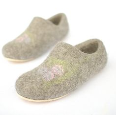 Felted slippers Gray for girl  Eco gift organic natural by Rasae