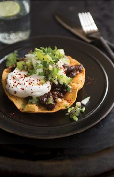 Black Bean Tostadas with Kiwifruit Salsa