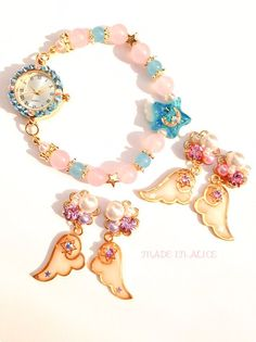 Kawaii Jewelry, Cute Jewelry, Jewelry Accessories, Handmade Bracelets, Earrings Handmade, Handmade Jewelry, Moon Jewelry, Resin Jewelry, Diy Resin Crafts