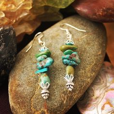 """Raw #turquoise #earrings coming soon to my #etsyshop #jewelryonetsy #shoponetsy #madeinwyoming etsy.com/shop/jewelrybysassy Handmade Beaded Jewelry, Turquoise Earrings, Wearable Art, Chokers, Etsy Shop, Drop Earrings, Instagram Posts, How To Make, Dangle Earrings"