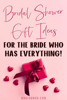 28 Bridal Shower Gifts That Aren\'t on the Couple\'s Registry Personalized Bridal Shower Gifts, Bridal Shower Gifts For Bride, Bride Gifts, Wedding Gifts, Wedding Flip Flops, Bridal Registry, Wedding Vases, Wedding Keepsakes, Maid Of Honor