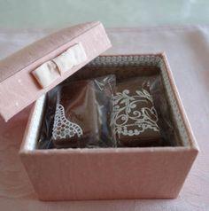 『バレンタイン特別レッスン ~カルトナージュ&シュガーレースのコラボレーション~』