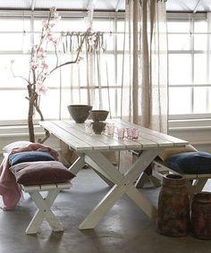 mesas-de-picnic-en-interiores-10