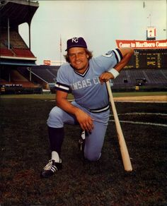 You know how you're allowed to complain about your family, but if an outsider says the same thing about them they're going down? That's how Kansas City feels about royals icon George Brett. He may be an asshole, but he's our asshole. Royals Baseball, Sports Baseball, Baseball Players, Mlb Uniforms, Baseball Pictures, Boston Sports, American League, Kansas City Royals, Athlete