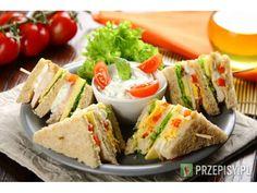 Imprezowe mini kanapki klubowe Avocado Toast, Sushi, Sandwiches, Food And Drink, Snacks, Breakfast, Ethnic Recipes, Impreza, Parties Food