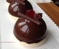 Chocolate Fondue, Chocolate Cake, Mousse Cake, Mini Cakes, Baked Goods, Tart, Cheesecake, Dessert Recipes, Food And Drink