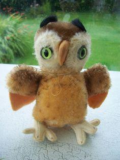 Steiff 'Wittie' Owl, 1968 to 1976,