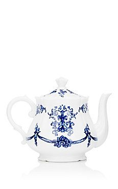 Richard Ginori Babele Collection Antico Teapot ... white with blue flowers, vines and garlands handdrawn design, wavy edged rim, 2016, glazed white porcelain, Italy