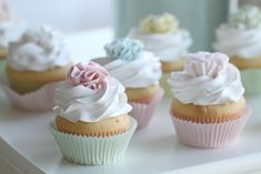 "Passion 4 baking ""Lovely ruffle Vanilla Cupcakes filled with Vanilla Cream"