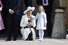 Kronprinsessan Victoria och prinsessan Estelle. 2016-04-30