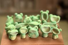 Frog Discover by satoufuan by satoufuan Frog Pictures, Keramik Design, Clay Art Projects, Frog Art, Cute Frogs, Cute Clay, Polymer Clay Crafts, Clay Creations, Pottery Art