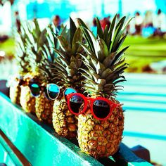 : These Pineapples are so hot right now! x (pc: nic del mar)