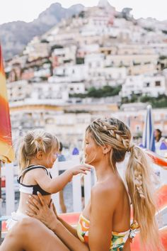 Positano Dreams - Barefoot Blonde by Amber Fillerup Clark Mom And Baby, Mommy And Me, Baby Love, Baby Set, Cute Family, Family Goals, Beautiful Family, Family Kids, Cute Hairstyles For Kids
