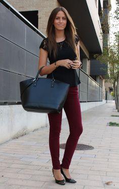 me encantan el pantalón y la blusa