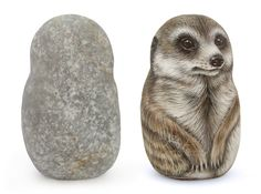 Take a look at this fantastic meerkat hand painted in acrylic on a sea pebble! Unique rock painting animal art for all of you, nature lovers! #petportraits #paintedrocks #rockpainting #rockpaintingart #petlovers #handmade #art #fineart #artist #robertorizzo #paintedstones #meerkat #mammals