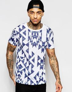 Discover men's t-shirts and vests at ASOS. Shop from plain, printed and long sleeve t-shirts and vests to longline and oversized styles with ASOS. Kitenge, Asos T Shirts, Smart Casual Men, Textiles, T Shirt Vest, Long Tops, Mens Tees, Shirt Style, Shirt Designs