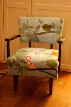 $5 chair, ikea fabric = easy reupholstery project