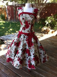 Sew Along dress by Laura Nash. Join in!