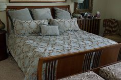 King size bed; MBR will keep comforter/pillows