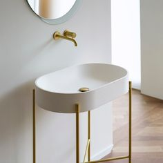 Norm Architects (@normarchitects) op Instagram: 'Our light and elegant brass finish bathtub and washbasin designed in collaboration with Ex.t –…'