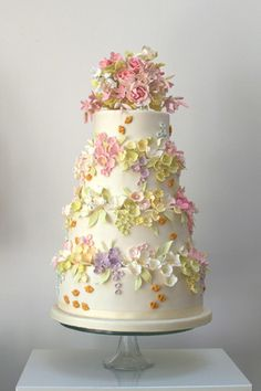 Bees and Blossoms wedding cake by Rosalind Miller Cakes.