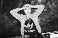 Gong MinZy Kpop Girl Groups, Korean Girl Groups, Kpop Girls, 2ne1 Minzy, Music Words, Kpop Girl Bands, Sandara Park, Black And White Aesthetic, Yg Entertainment