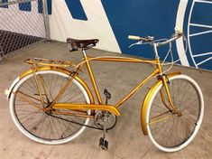 Raleigh Bikes, Cheap Bikes, Bicycle Store, Commuter Bike, Classic Bikes, Vintage Bicycles, Cycling Bikes, Robin, Cool Photos