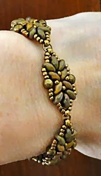 Linda's Crafty Inspirations: Bracelet of the Day: Loretta - Deco Variation