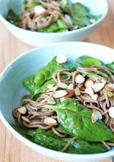 Cold Soba Noodle Spinach Salad | tomatoboots.co
