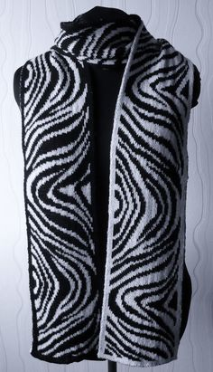 """""""Paul-Gertrud"""" Double Knit Scarf   < Instructions in English & free charts   /   mb"""