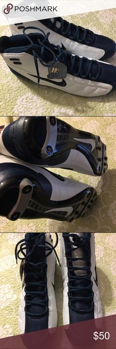 """NWT Nike Zoom Air football cleats size 16 NWT Nike Zoom Air football cleats size 16   🍥Bundle deals available (I carry various sizes and brands in my closet): 2 items 10% off, 3 items 15% off, 4 items or more 20% off.  🍥No trades, modeling, or lowball offers please. 🍥All reasonable offers accepted only through """"offer"""" button. Please submit offer willing to pay as I prefer to not counteroffer. 🍥I appreciate you all. Happy Poshing! Nike Shoes Athletic Shoes"""