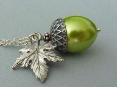 Green Acorn Pearl Necklace / pinkingedgedesigns  at etsy