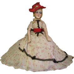 Beautiful 1927 boudoir doll/ Bed doll