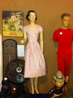 1940's counter top mannequin.