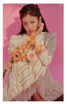Blackpink Jennie, Yg Entertainment, South Korean Girls, Korean Girl Groups, Rapper, Divas, Blackpink Members, Kim Jisoo, Black Pink Kpop