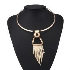 Statement Stripe Necklace for Girls and Women's. Triangle Tassel Necklace & Pendants for Women Simple Style Night Club Jewelry Collar jewellery. Fringe Necklace, Beaded Necklace, Pendant Necklace, How To Wear Rings, Steampunk Accessories, Girls Necklaces, Simple Necklace, Necklace Types, Metal Jewelry