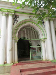 The oldest temple of Bishnupur #IndianColumbus http://indiancolumbus.blogspot.com/2016/02/mrinmoyee.html