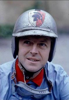 Count Wolfgang von Trips - Did you know he founded the kart racing program in Germany that Michael Schumacher's father ran for the Von Trips family after he passed away. Retro Helmet, Vintage Helmet, Vintage Racing, Vintage Cars, Kart Racing, F1 Racing, Road Racing, Monte Carlo, Aryton Senna