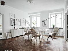 tarima flotante suelo de parquet suelo de madera pisos suecos decoración laminado suelo decoración nórdica escandinava decoración de salones estudios blog decoración nórdica