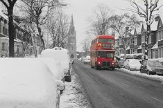 Barry Road Dulwich South East London England in Snow in January 1982 London Snow, London Bus, London City, Vintage London, Old London, Old Pictures, Old Photos, London Transport, Road Transport