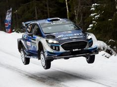 Ott Tanak of Estonia and his co-driver Martin Jarveoja compete in their Ford Fiesta WRC during the 4th stage of the Rally Sweden, second round of the FIA World Rally Championship on February 10, 2017 in Svullrya, Norway.  / AFP / Jonathan NACKSTRAND
