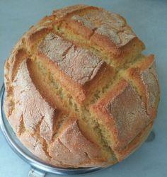 PAN DE MAÍZ RÁPIDO Thermomix® Ingredientes: 250 gramos de agua 20 gramos de aceite virgen extra 20 gramos de levadura prensada de panadería 250 gramos de harina de fuerza 250 gramos de harina de maíz (NO MAICENA) 1 cucharadita de sal Pan Integral Thermomix, Thermomix Pan, Sin Gluten, Gluten Free, Pan Bread, Dried Fruit, Bread Recipes, Banana Bread, Muffin