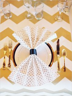 table setting ideas #chevron #gold #weddingchicks http://www.weddingchicks.com/2014/04/04/black-tie-oregon-wedding/