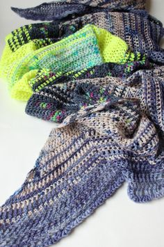 Crochet Your Fade. The Blurre Shawl – Zeens and Roger