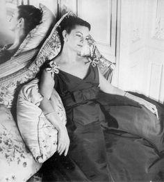 Mme Arturo Lopez-Willshaw wearing Jean Patou 1956