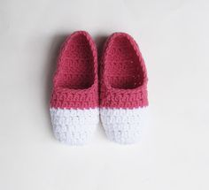 Two-tone ballet style slipper pattern