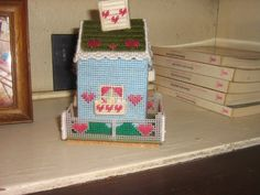 Casita en plastic canva