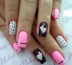 27 Amazing Nails Art Ideas For Valentines Day 22 - Christmas Nail Art Designs Pink Glitter Nails, Pink Ombre Nails, Rose Gold Nails, Nail Pink, Red Nail, Nail Nail, Fall Gel Nails, Spring Nails, Summer Nails