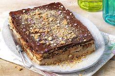 Kolač od keksa i banane - Recept - Kolači Greek Sweets, Greek Desserts, Party Desserts, Greek Recipes, Snack Recipes, Dessert Recipes, Cooking Recipes, Kolaci I Torte, Banoffee